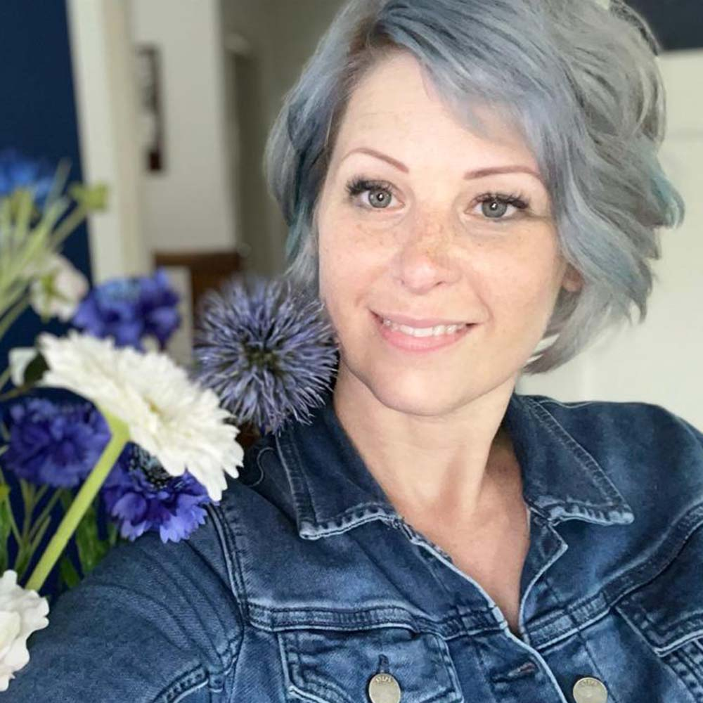 Wie is Lovely Blue??.. 1